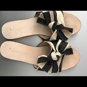 Ladies sandals/ slide style